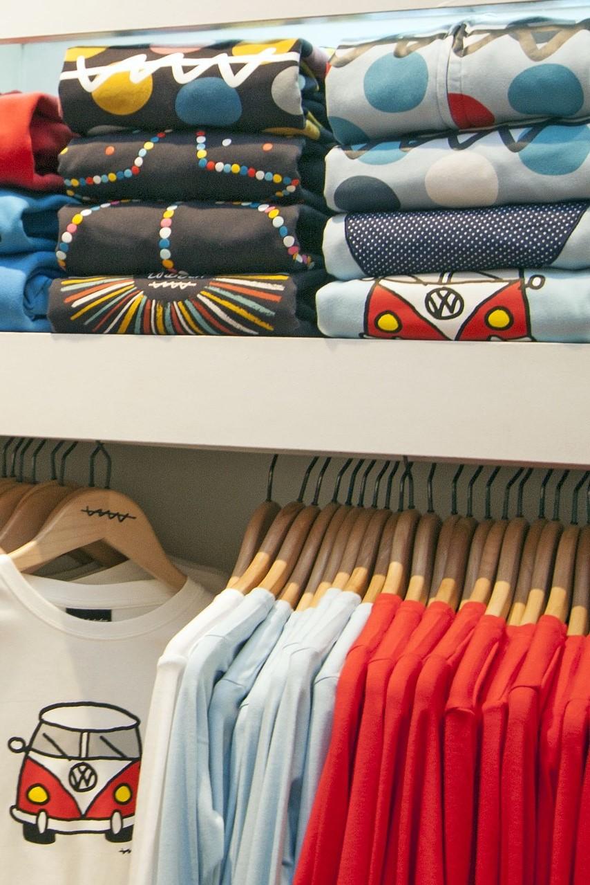 t-shirt-235176